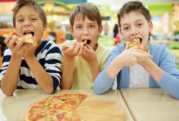 aadhaa aadhaa pizza
