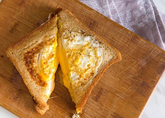 Bread & Egg Sandwiches