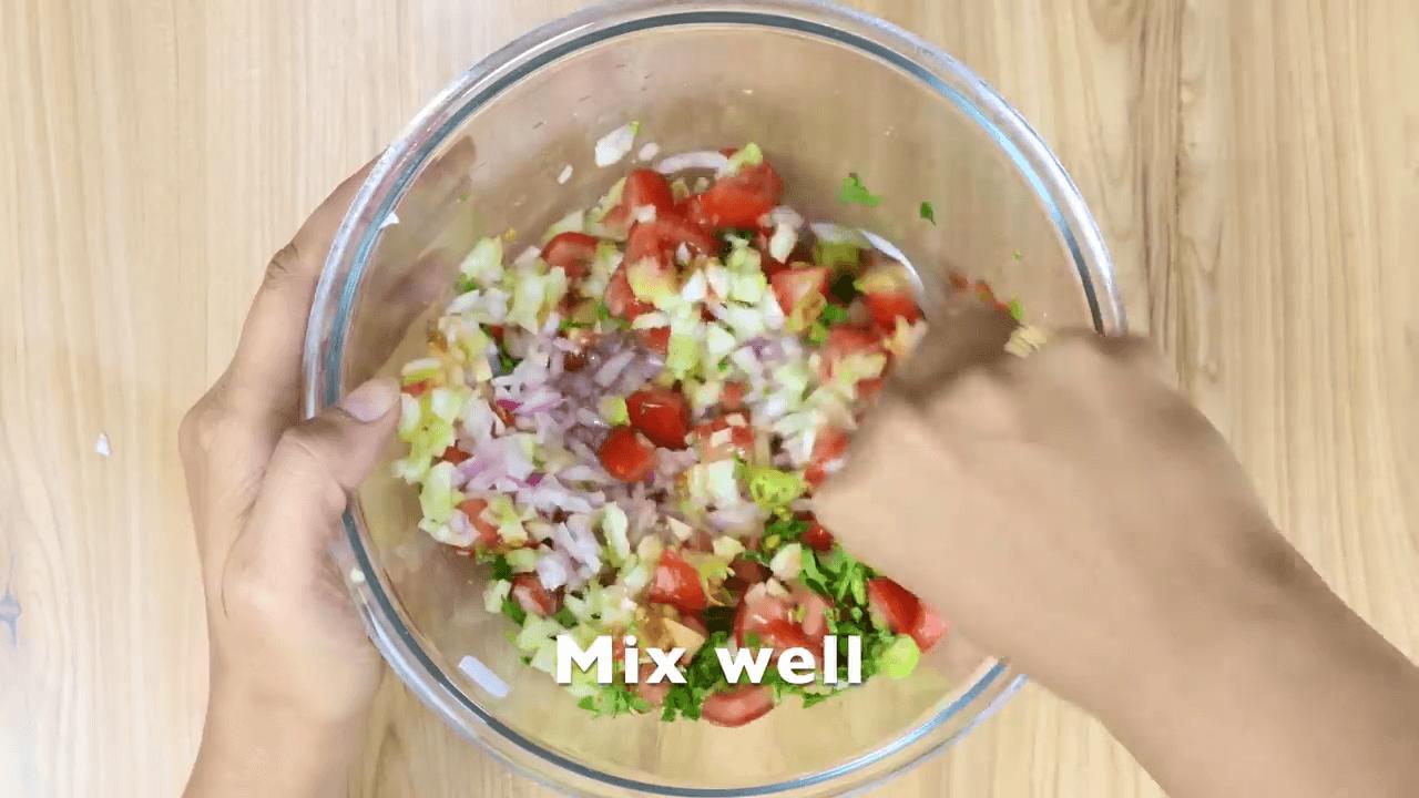 Indian Kachumber Salad step-1