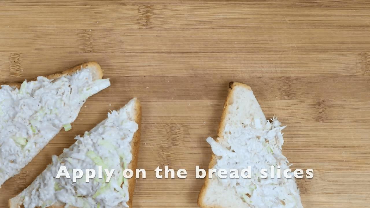 Chicken Mayonnaise Open Toast step-2