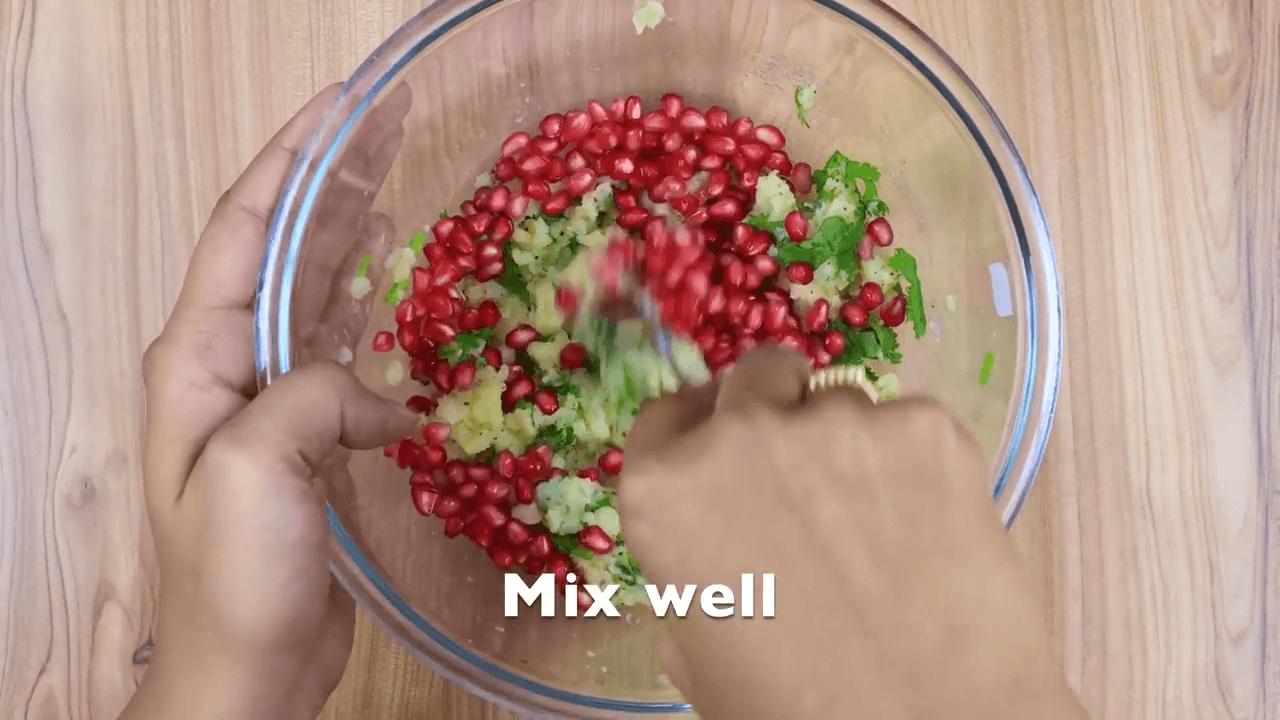 Mashed Potato Pomegranate Salad step-3