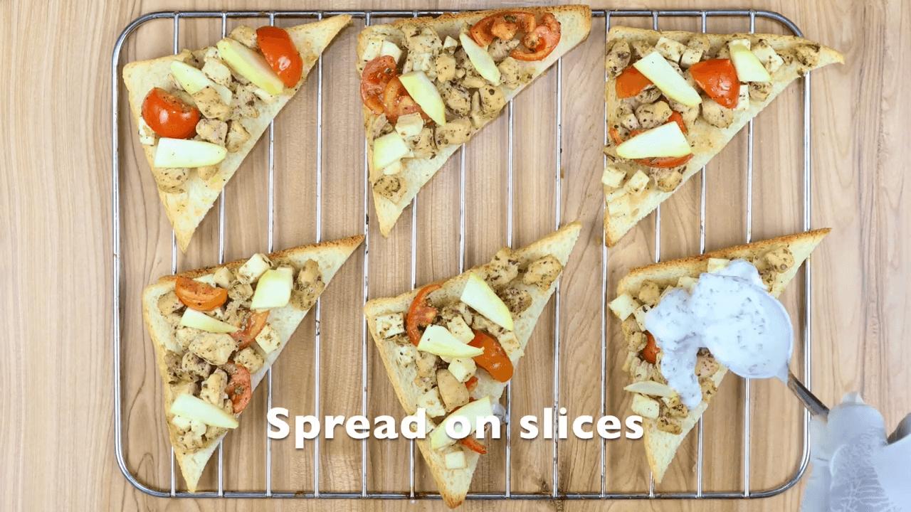 Chicken Greek Open Toast step-3