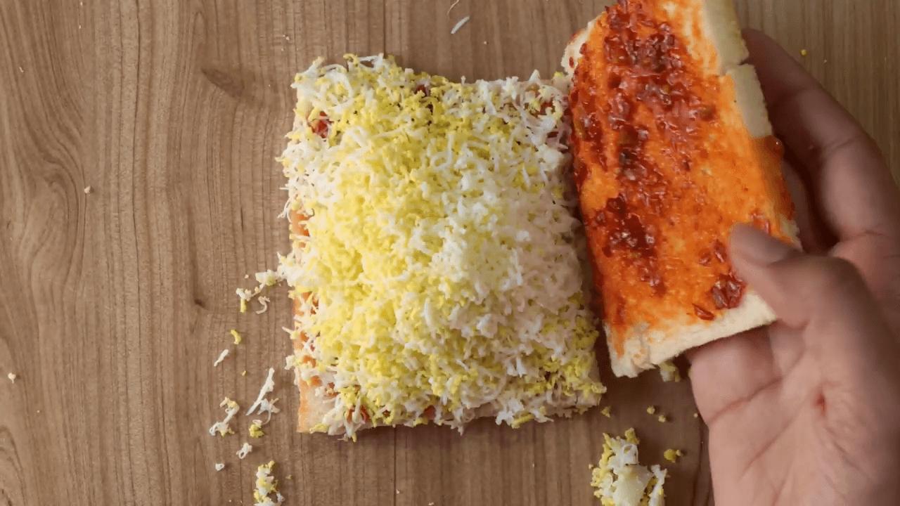 Grated Boiled Egg Sandwich step-4