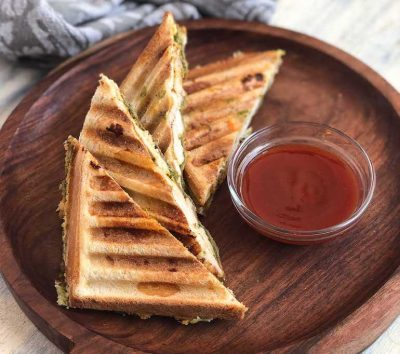 Smoked_Tandoori_Chicken_And_Cheese_Grilled_Sandwich_recipe-3