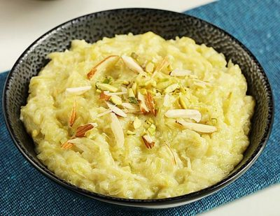 dudhi-ka-halwa-by-chef-swasthi