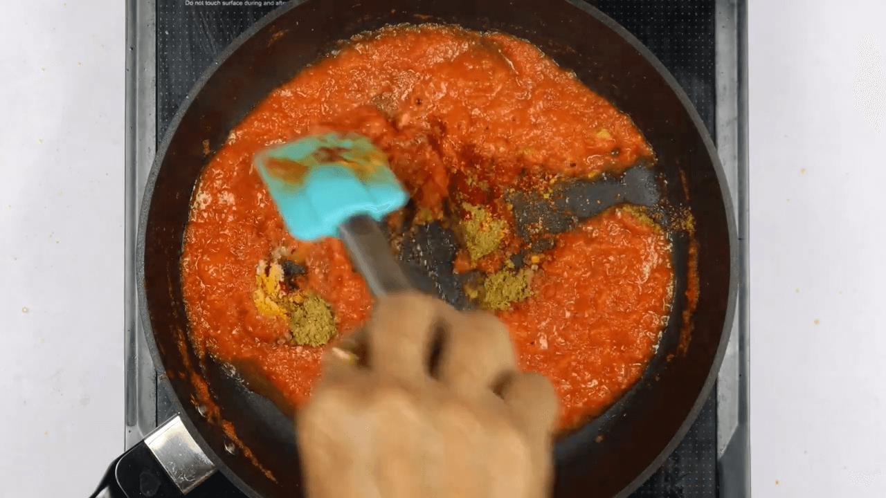 Methi Muthiya With Homemade Sauce step-4