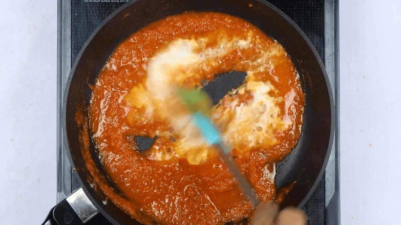 Methi Muthiya With Homemade Sauce step-5