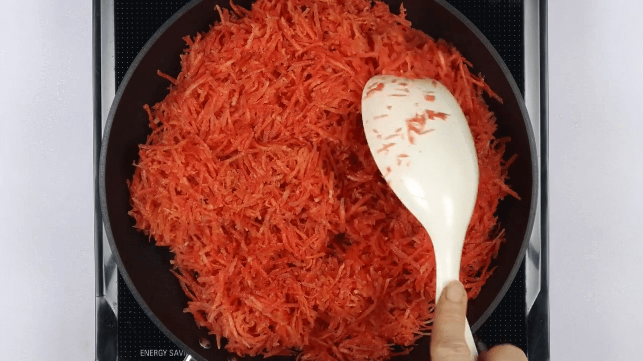 carrot halwa step-2