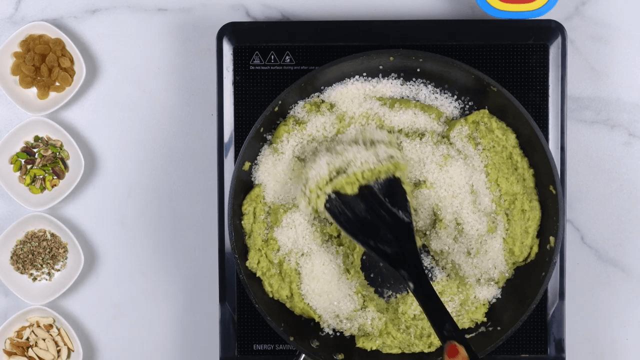 Green Moong Dal Halwa step-3