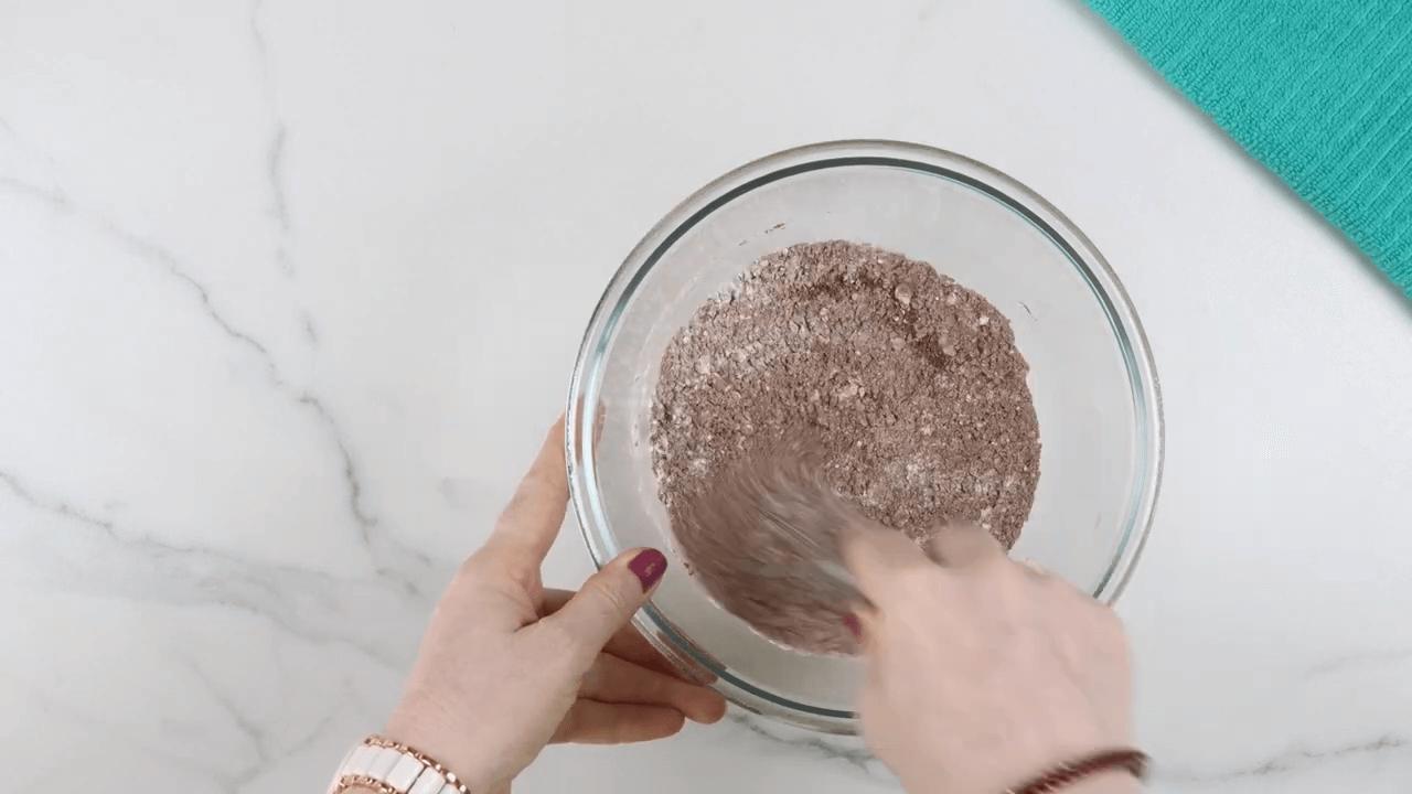 Eggless Chocolate Pudding step-1