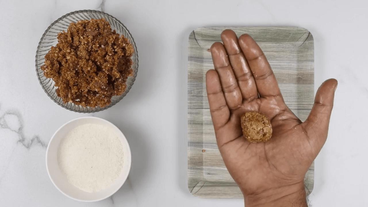 Dates & Almond Energy Balls step-4