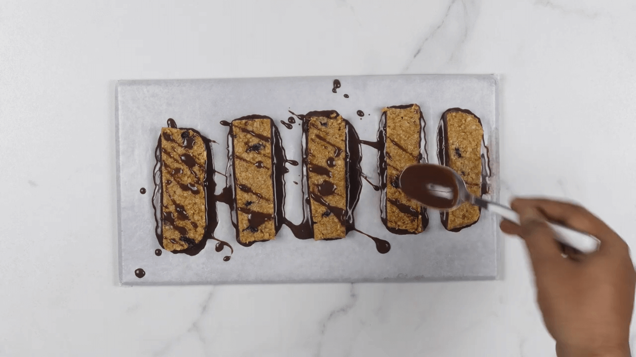 Cocoa Dip Protein Bars step-10