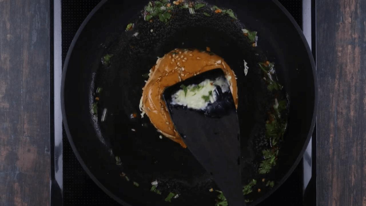 Veg Cheese Burger step-11