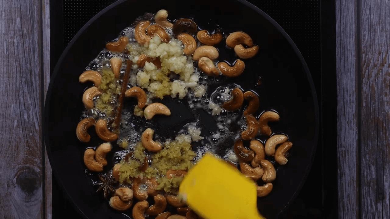 Kaju Curry step-7