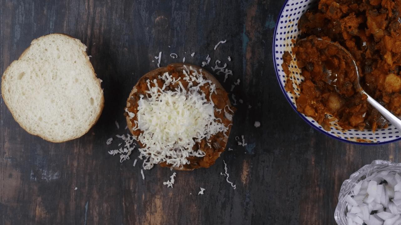 Veg Cheese Burger step-9