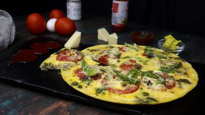 tomato cheese omelette