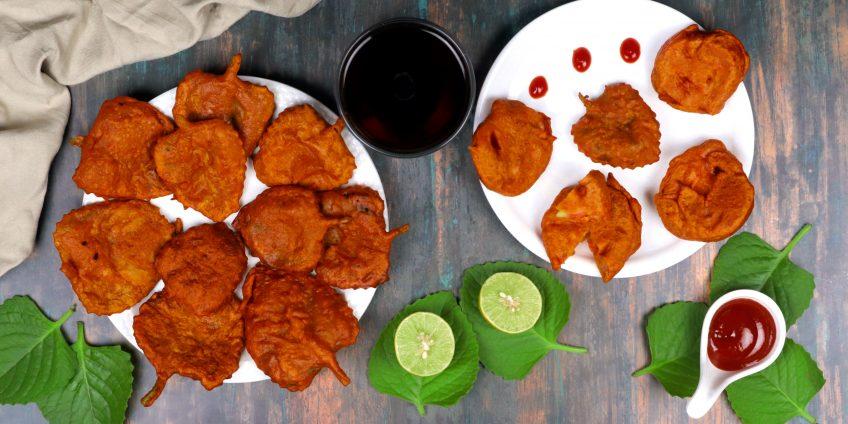 Ajwain Leaves Tomato Bhajiya