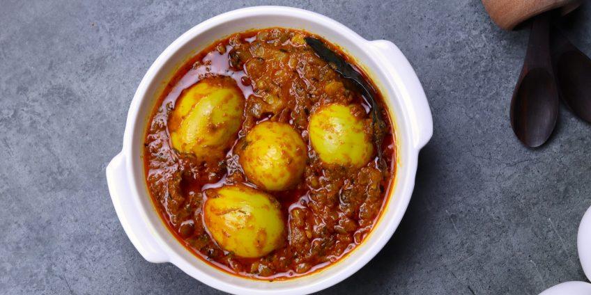 aloo egg curry