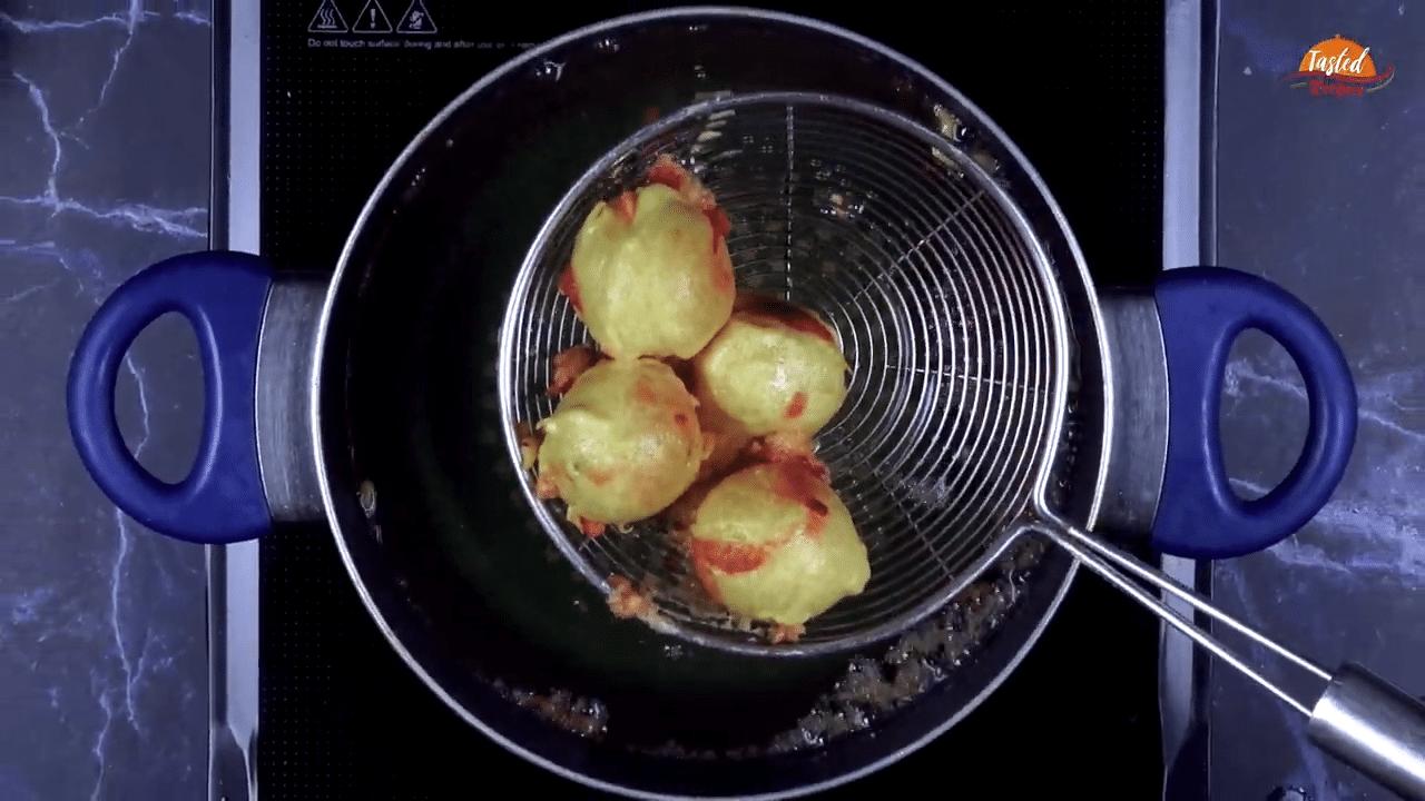 Cheese Pakoda Step 4