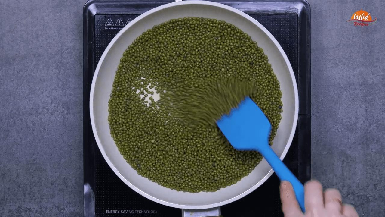 green moong ladoo step-1