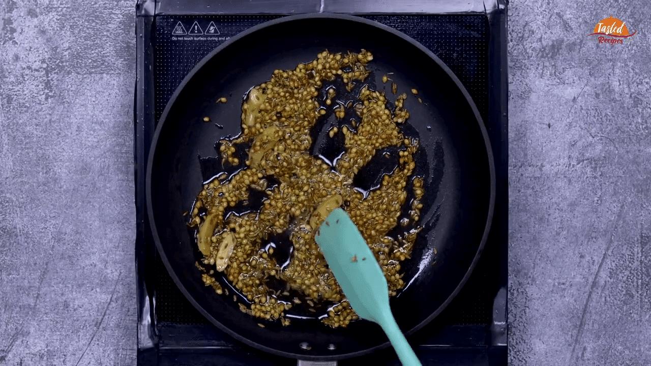 Dahi Garlic Chutney step-2