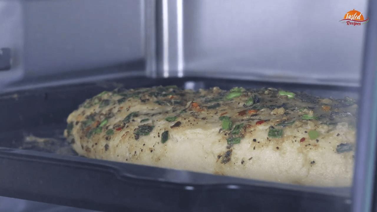 cheesy garlic bread step-10