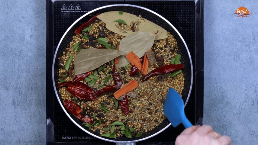 Madras Curry Powder step-4