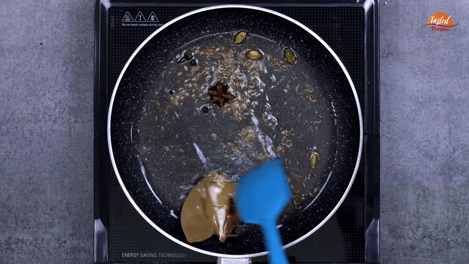 Egg Lababdar step-3