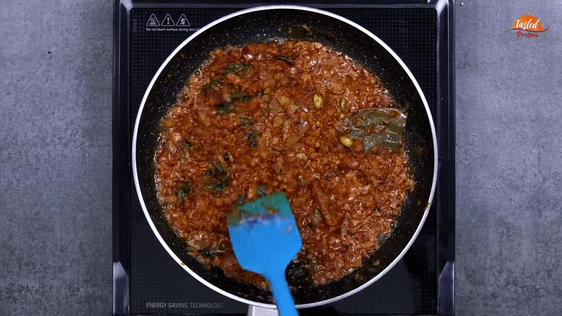 Egg Lababdar step-4