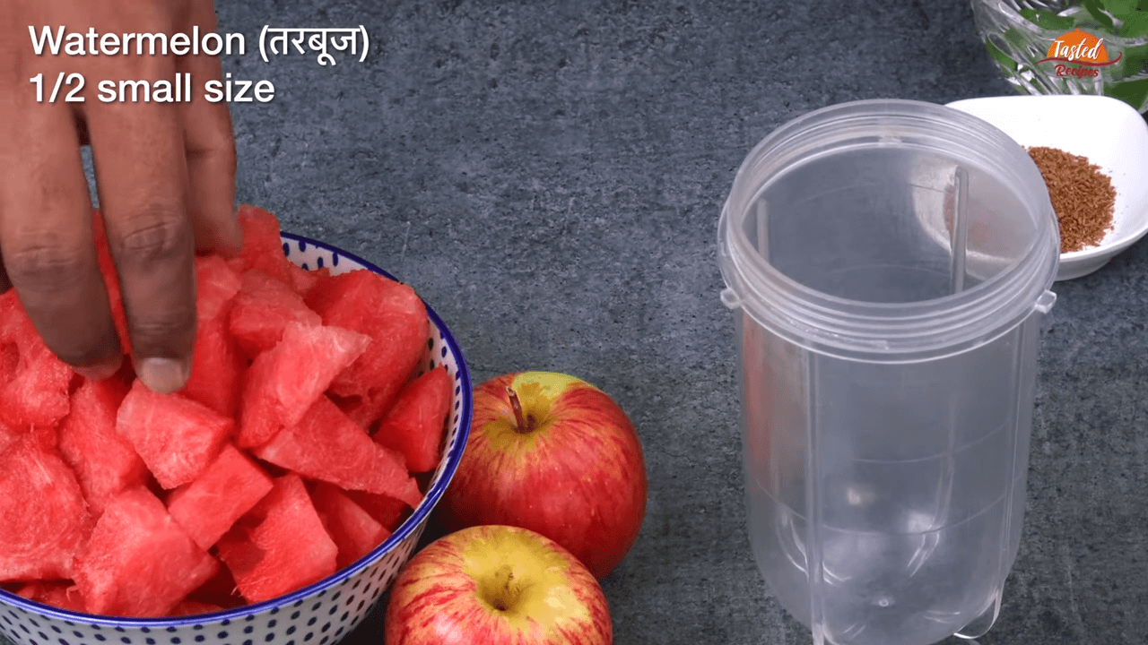 Watermelon Apple Juice step-1